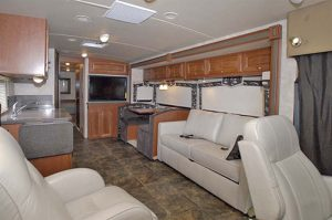 41-5_winnebago_sightseer_35j_02
