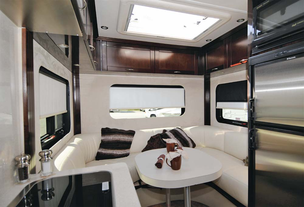 Rv Mercedes >> 2014 Pleasure-Way Pursuit - RV Lifestyle Magazine