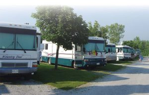 42-3_choosing_a_campground_02