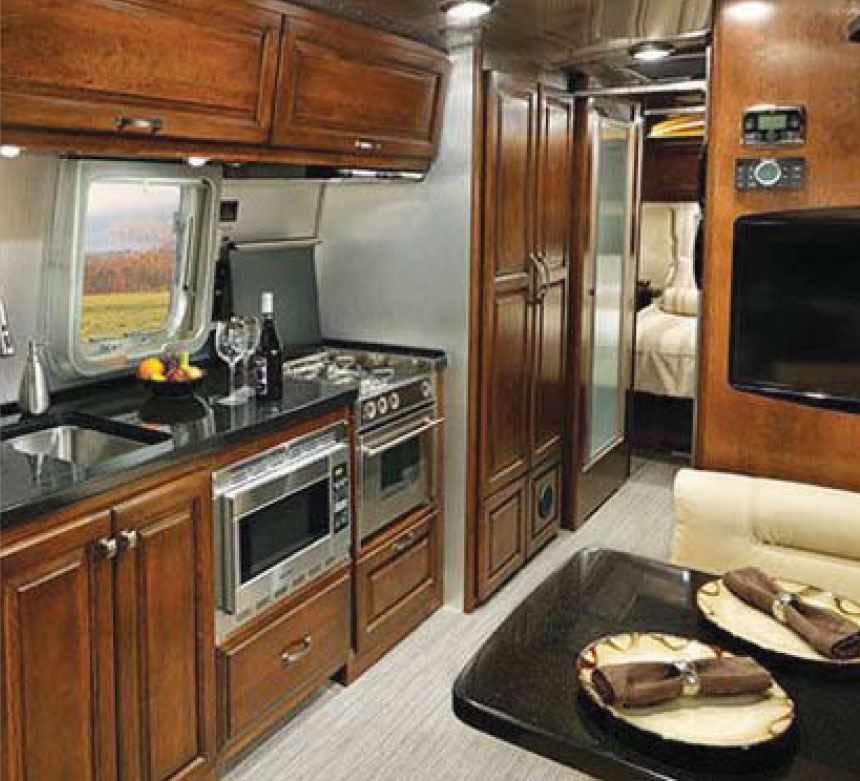 Travel Trailers With Outdoor Kitchens: Ten Top Travel Trailers