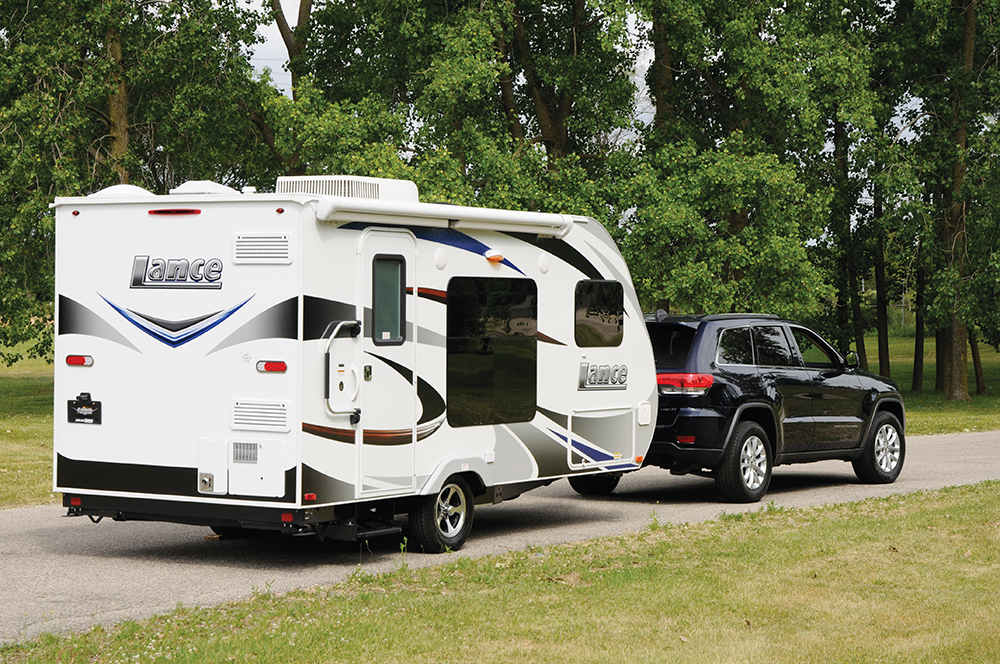 Town And Country Camper >> Lance Camper 1475: Ultra-Lightweight Travel Trailer - RV Lifestyle Magazine