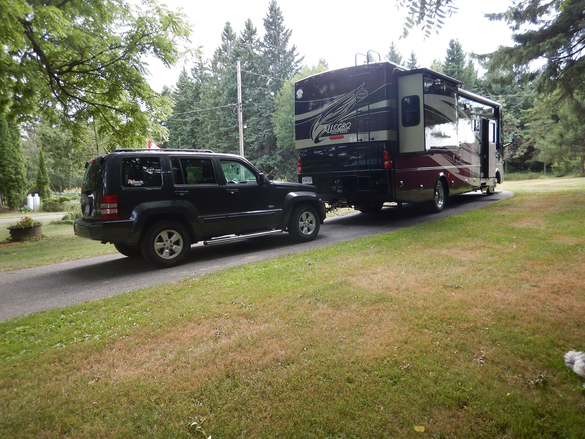 Rv Tips How To Tow A Car Lifestyle Magazine Jeep Grand Cherokee Towing Wire Harness Hook Up