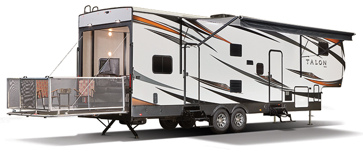 Travel Trailers Built For Cold Weather