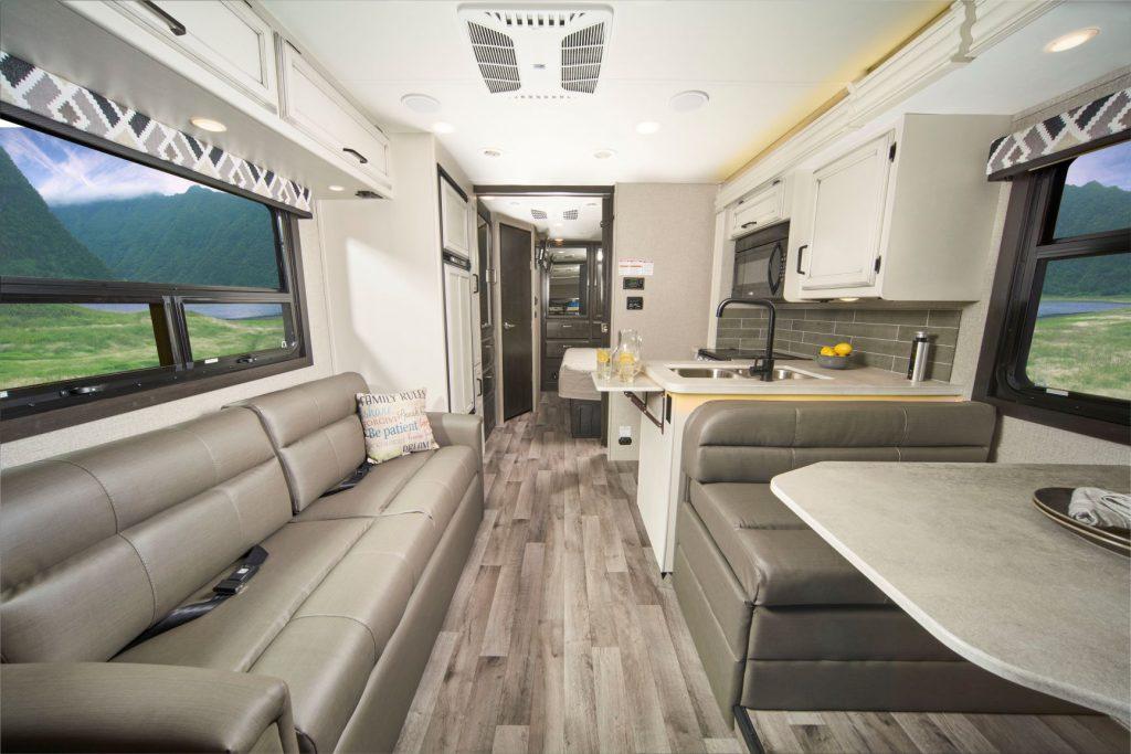 Greyhawk 27U interior